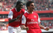 Arsenal ngã ngựa
