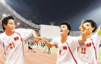 Việt Nam thắng Thái Lan 2 - 1 tại Bangkok: Đêm thăng hoa!