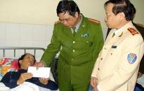 Khen thưởng CAQ Ngô Quyền, Hải An và đại úy Mai Thành Lâm