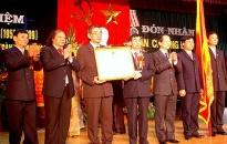 Đại học Hải Phòng đón nhận huân chương Độc lập hạng ba