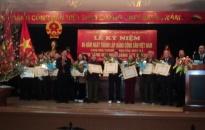 Trao huy hiệu 50 năm, 55 năm, 60 năm tuổi Đảng tặng 86 đảng viên