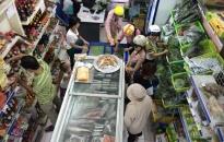 Kiểm nghiệm, giám sát chặt chất lượng các loại thực phẩm dịp Tết
