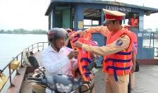 Vì sự an toàn các bến khách ngang sông
