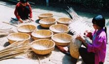 Nặng lòng với nghề truyền thống