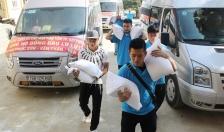 CBCS Phòng Cảnh sát Hình sự CATP với người dân gặp nạn do thiên tai ở Văn Chấn, Yên Bái
