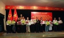 Quận ủy Hồng Bàng: Trao Huy hiệu Đảng cho 92 đảng viên