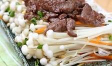 Đổi vị với thịt bò xào nấm kim châm