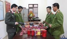 Phường Hải Thành (Dương Kinh): Tích cực vận động nhân dân giao nộp VK-VLN-CCHT