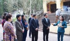 Phó chủ tịch UBND thành phố Lê Khắc Nam thăm và dâng hương tại các đền thờ Nữ tướng Lê Chân