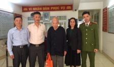CAP Hạ Lý (Hồng Bàng): Đưa cụ ông lang thang vào Trung tâm Bảo trợ Thanh Xuân