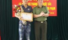 CATP khen thưởng các cá nhân có thành tích xuất sắc trong đấu tranh trấn áp tội phạm