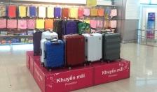 Nhiều lựa chọn vali cho mùa du lịch