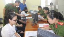 Lực lượng Cảnh sát QLHC về TTXH Công an thành phố: Cấp 90.077 căn cước công dân