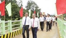Cty Nhựa Tiền Phong:  Khánh thành cây cầu số 5 dự án Cầu nối yêu thương