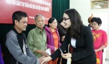 Agribank chi nhánh Thủy Nguyên - Bắc Hải Phòng:  Trao 44 phần quà Tết tặng người nghèo huyện Thủy Nguyên