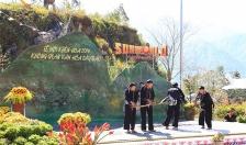Chiêm ngưỡng những điệu múa khèn đỉnh nhất Tây Bắc tại Fansipan