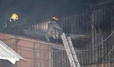 Cháy xưởng sản xuất bánh đa