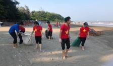 Đoàn phường Ngọc Hải (Đồ Sơn): Chung tay dọn vệ sinh môi trường