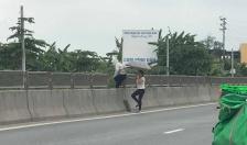 Nhiều tấm chống chói dọc tuyến QL 10 đoạn từ cầu Quán Toan đến cầu Nghìn bị tháo dỡ