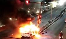 Cháy xe ô tô