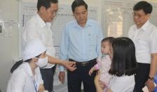 Sử dụng vắc xin 5 trong 1 mới trong chương trình tiêm chủng mở rộng