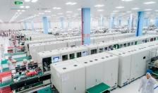 """""""Đột nhập"""" nhà máy, mục sở thị quy trình sản xuất điện thoại Vsmart"""