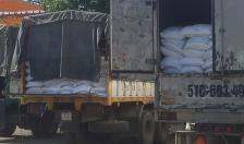 Triệt phá đường dây buôn lậu đường cát trắng từ Campuchia về Việt Nam, thu giữ gần 1.000 tấn đường