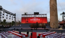 Công ty Xi măng Vicem Hải Phòng dâng hương đền thờ Bác Hồ