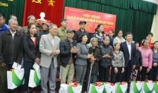 Hội Từ thiện thành phố trao 290 suất quà Tết tặng người nghèo