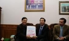 Uỷ ban MTTQVN thành phố  Thăm, chúc tết các gia đình chính sách và gia đình nguyên  lãnh đạo thành phố