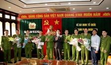 Khen thưởng CATP khám phá nhanh vụ án giết người tại xã Lê Lợi