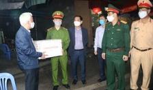 Phó Ch tch UBND thành ph Nguyn ình Chuyn ng viên, biu dng các cht kim tra liên ngành phòng chng dch bnh COVID-19