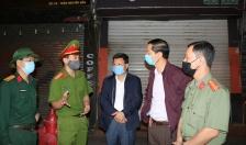 Chủ nhiệm Ủy ban Kiểm tra Thành ủy Đỗ Mạnh Hiến kiểm tra các chốt phòng, chống dịch COVID-19 trên địa bàn quận Lê Chân