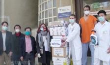 Cộng đồng người Việt tiếp sức cho nhân viên y tế Séc chống dịch COVID-19