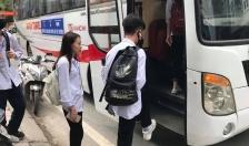Những chuyến xe đưa đón học sinh tới trường miễn phí nơi huyện đảo