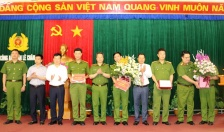Giám đốc CATP: Khen thưởng Công an quận Lê Chân liên tiếp lập công trên mặt trận bảo đảm TTATXH