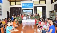 Hội Phụ nữ Phòng PA03: Tặng quà các cháu Làng trẻ em SOS Hải Phòng nhân dịp Tết Thiếu nhi