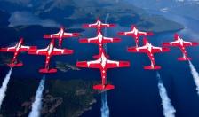 Hé lộ nguyên nhân khiến máy bay biểu diễn của Không quân Canada rơi