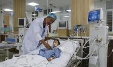 Bệnh viện Trẻ em Hải Phòng cấp cứu 2 bệnh nhân bị đuối nước và hóc dị vật gây bít tắc đường thở