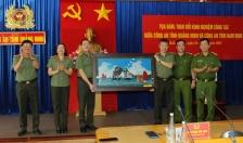 Tăng cường phối hợp công tác giữa Công an tỉnh Quảng Ninh và Công an tỉnh Nam Định