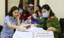 Cấp gần 200 căn cước công dân gắn chíp điện tử chỉ trong một buổi chiều tại Công ty TNHH Thuốc lá Hải Phòng
