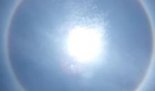 Xảy ra hiện tượng quầng mặt trời vào trưa 6-5