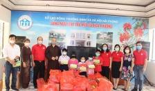 Hội chữ thập đỏ thành phố Hải Phòng tổ chức tặng quà nhân dịp Tết Trung thu