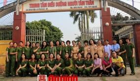 Hội Phụ nữ Cụm thi đua số 3 - CATP:  Trao tặng 336 suất ăn cho người bệnh