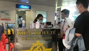 Chuyên gia nhập cảnh vào Việt Nam từ 5-8-2020 phải có BHYT quốc tế