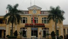 Kiểm soát người đi, đến Ga Hải Phòng mở lại vận tải hành khách bằng đường sắt