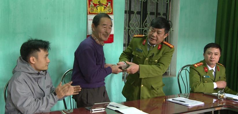 Trao trả tài sản bị trộm cắp cho người nước ngoài trên địa bàn tỉnh Thái Bình